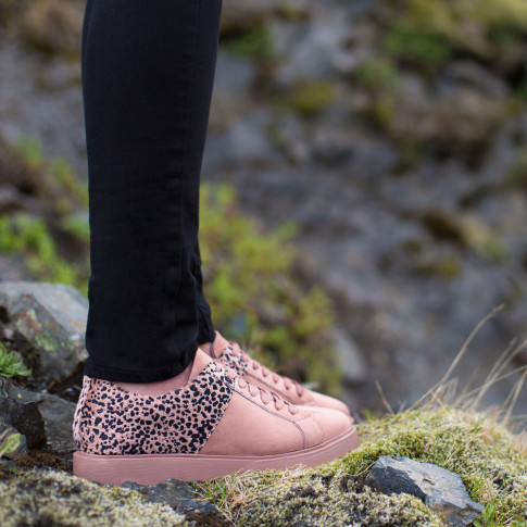 Animal print dusty pink trainers
