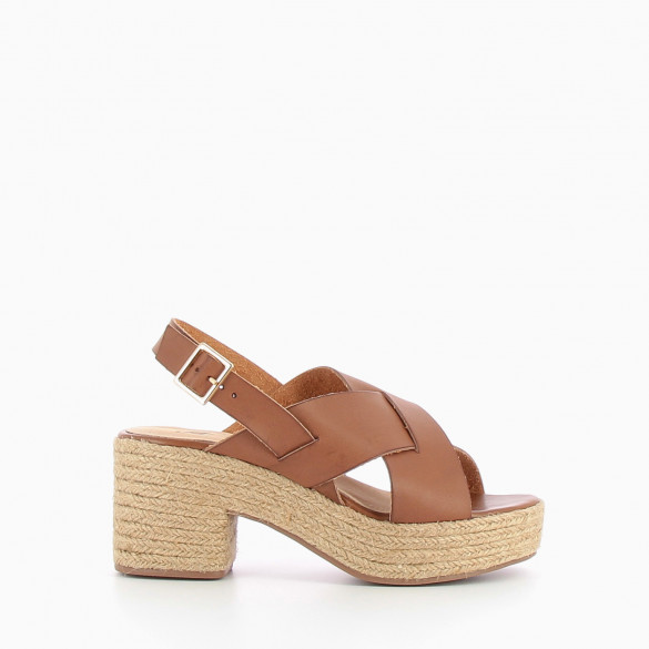Coffee sandals with large straps