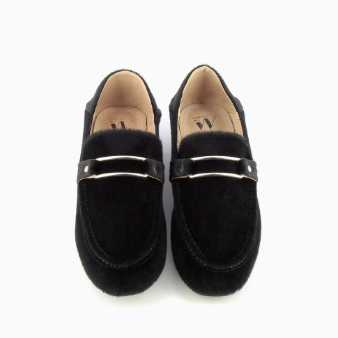 Black loafer-slippers with pony leather effect