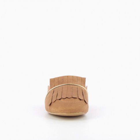 Camel slip-on fringe loafers