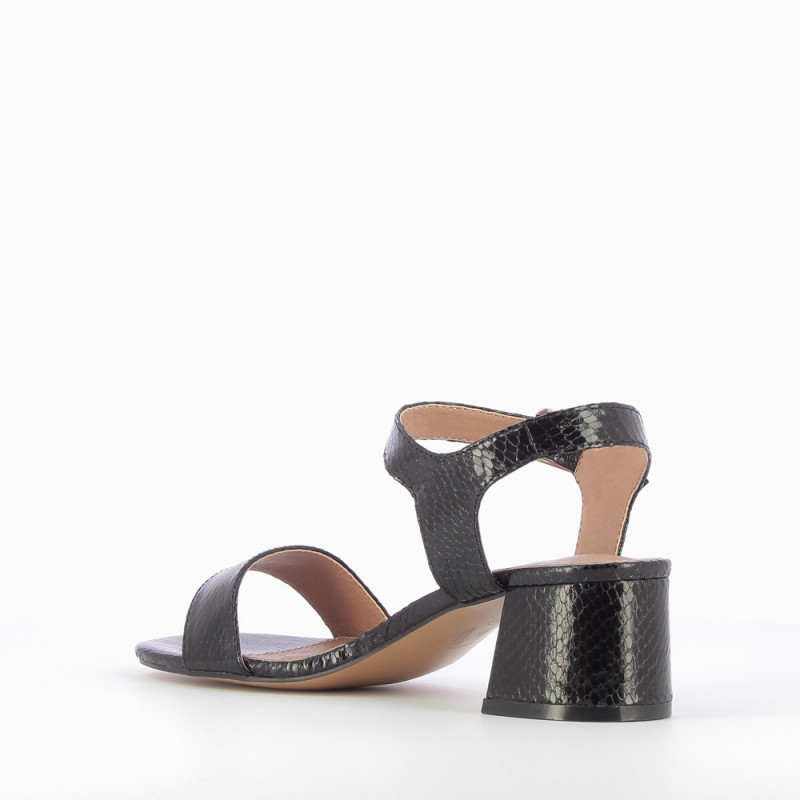 486713932331 Black sandals with thick low heel - Vanessa Wu Store