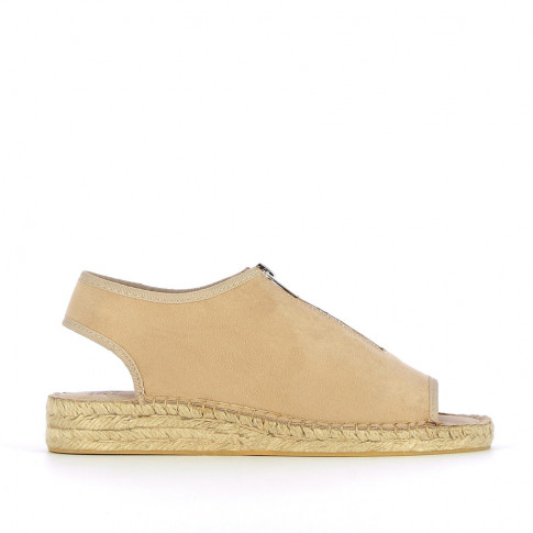 Beige sandals with braided sole and zip