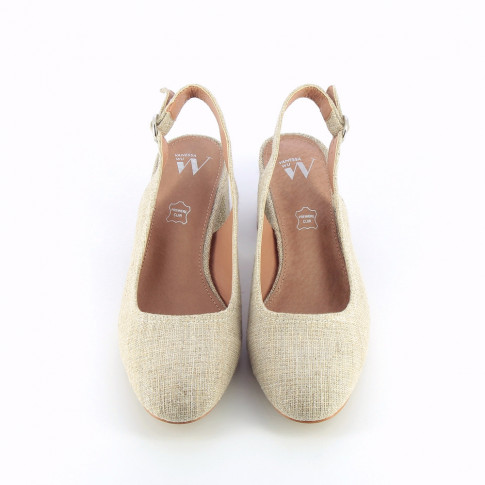 Beige heeled Mary Janes with burlap effect