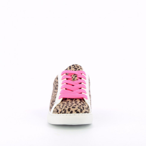 Leopard-print sneakers with neon pink laces