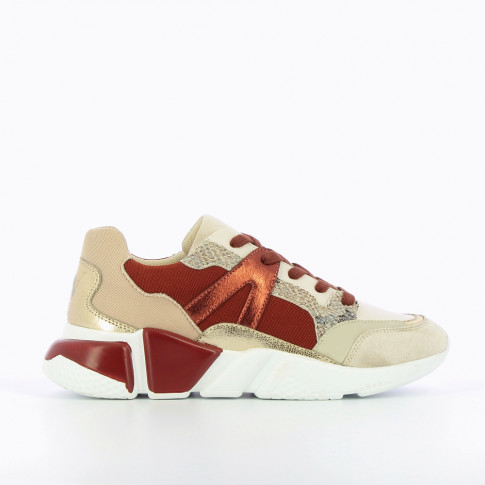 Brick red and beige sneakers with graphic sole