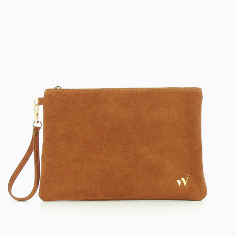 Large suede clutch in camel