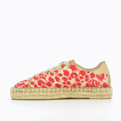 Beige espadrille sneakers with red poppy patterns