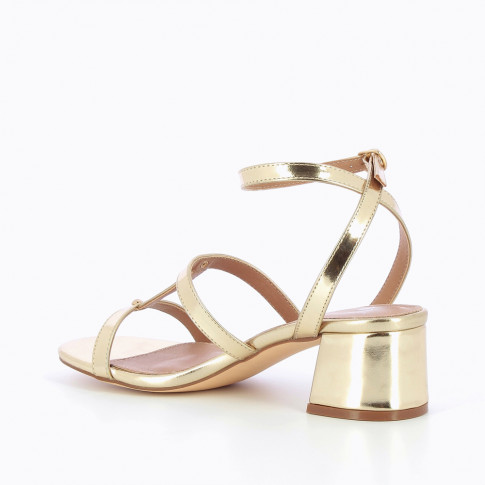 Gold vintage sandals with block heel