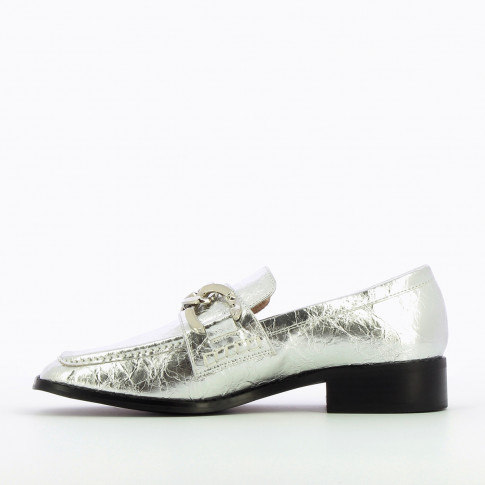 Silver loafers with chain