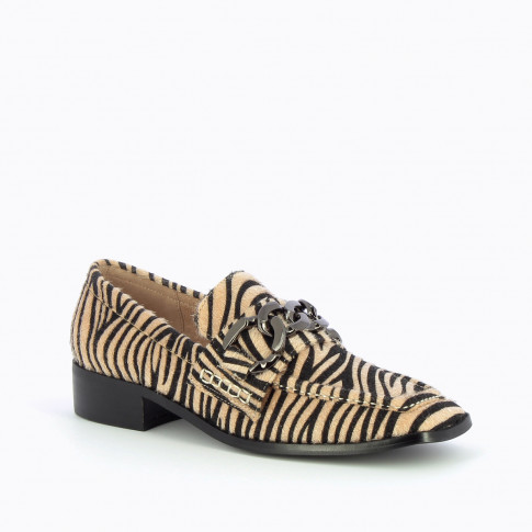 Zebra loafers with charcoal chain