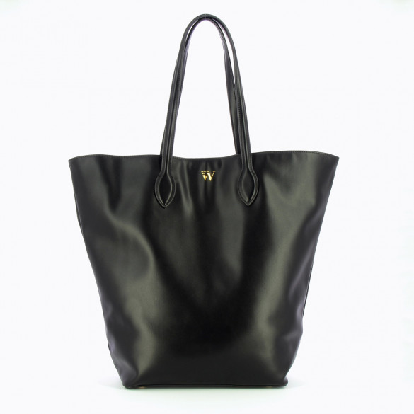 oversized black shopper style bag with inside pockets woman Vanessa Wu