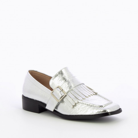 Silver patent fringed loafers