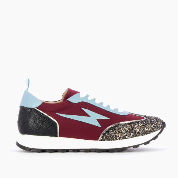 sneakers running shoes woman rounded Vanessa Wu burgundy neoprene laces lightning light blue