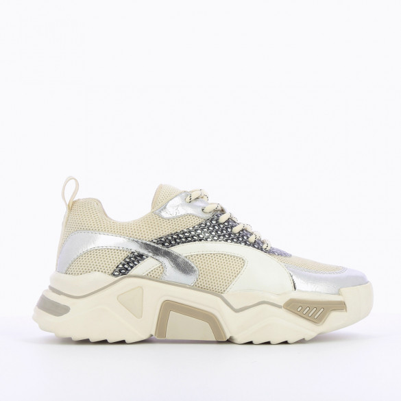 womens sneakers oversized graphic sole Vanessa Wu white silver laces