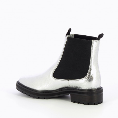 Silver Chelsea boots with serrated sole