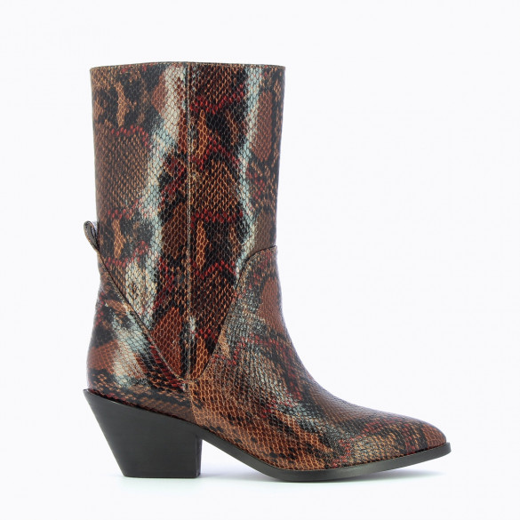 high cowboy boots camel with pointed toe snakeskin effect woman Vanessa Wu