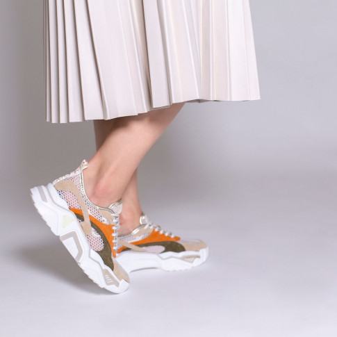 Beige and white net effect sneakers
