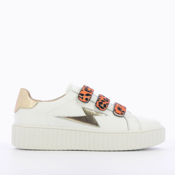 white leather city sneakers white woman Vanessa Wu gold lightning and orange velcro
