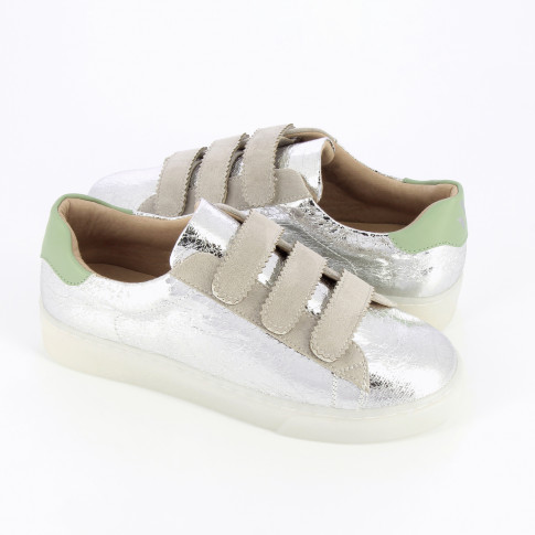 Silver crinkled effect sneakers with velcro