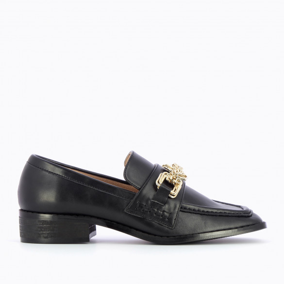Loafers black woman with buckles and chains gold Vanessa Wu faux leather smooth with square toe