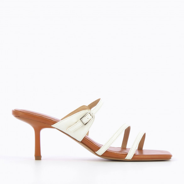 Camel mules 90s with fine straps white kitten heel woman Vanessa Wu square toe