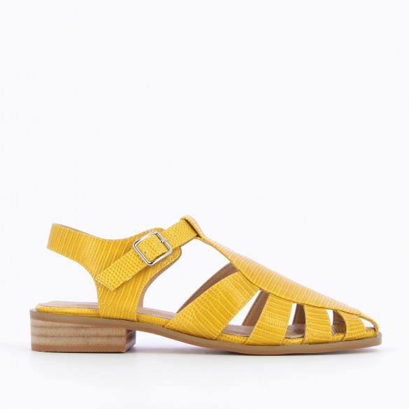 Safran yellow sandals flat fisherman style snakeskin effect faux leather camel sole woman Vanessa Wu