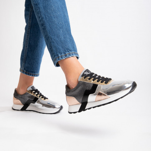 Metallic sneakers with graphic shapes