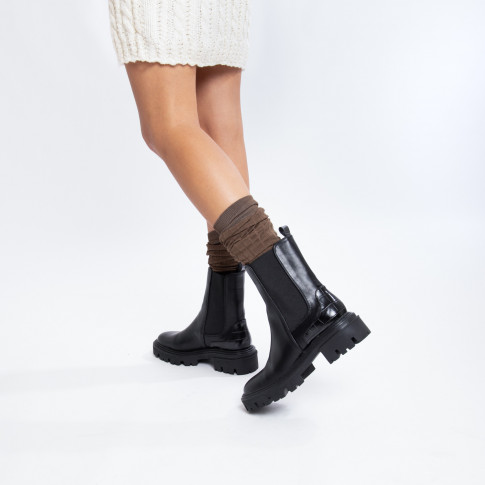 Black Chelsea ankle boots with croco effect heel notch